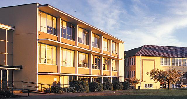 oak bay school